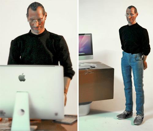 A new Steve Jobs figurine appears