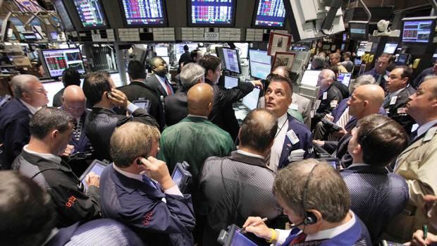 Apple shares start falling again