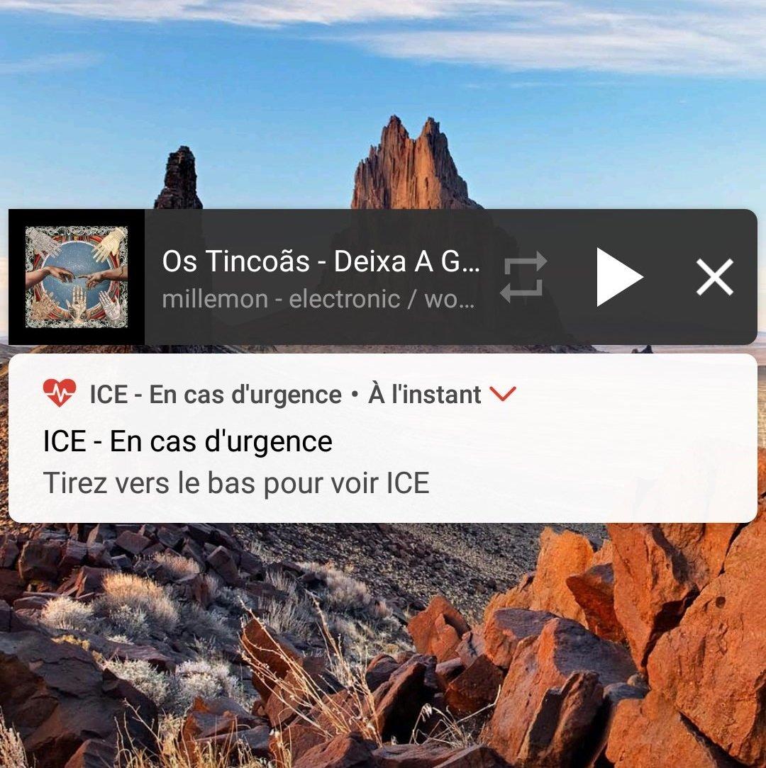 listen music background smartphone