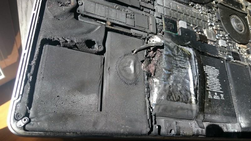 MacBook Pro Retina battery explodes - Story: the battery of its MacBook Pro Retina 2015 explodes