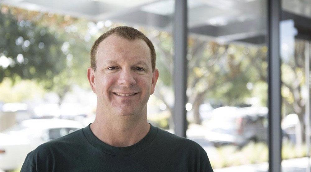Brian Acton whatsapp - WhatsApp founder advises us to delete our Facebook accounts