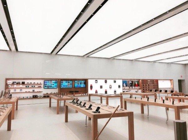 apple store oculus world trade center new york - Apple ouvre son 10e Apple Store New-Yorkais
