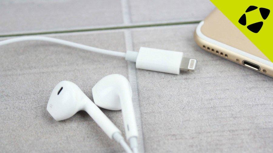 iphone 7 ecouteurs lightning mobilefun - iPhone 7 : les EarPods Lightning teasés par un accessoiriste