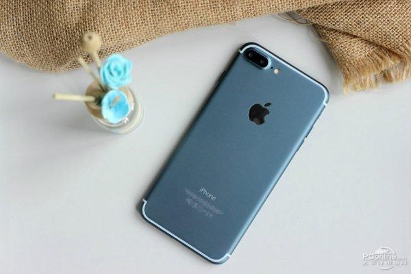 iPhone 7 Plus Bleu Nuit - iPhone 7 : une rupture de stock dès sa sortie ?